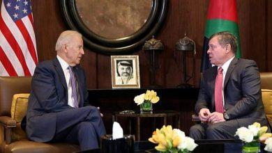 """صورة بايدن يقول للملك عبد الله إنه حريص على """"دعم حل الدولتين"""""""