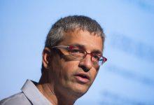 صورة محقق سابق يزعم أن النيابة العامة تسترت على مقتل يعقوب أبو القيعان برصاص الشرطة عام 2017 في قرية أم الحيران البدوية
